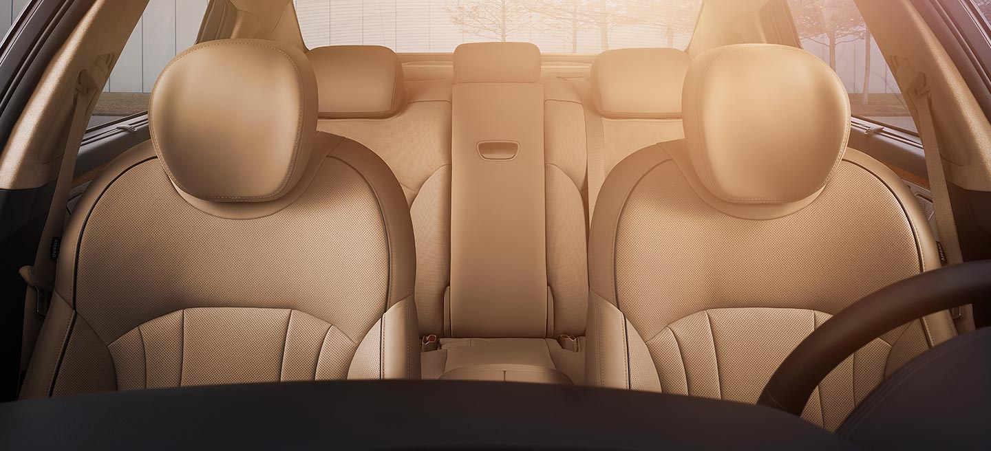 G80 Front Seats