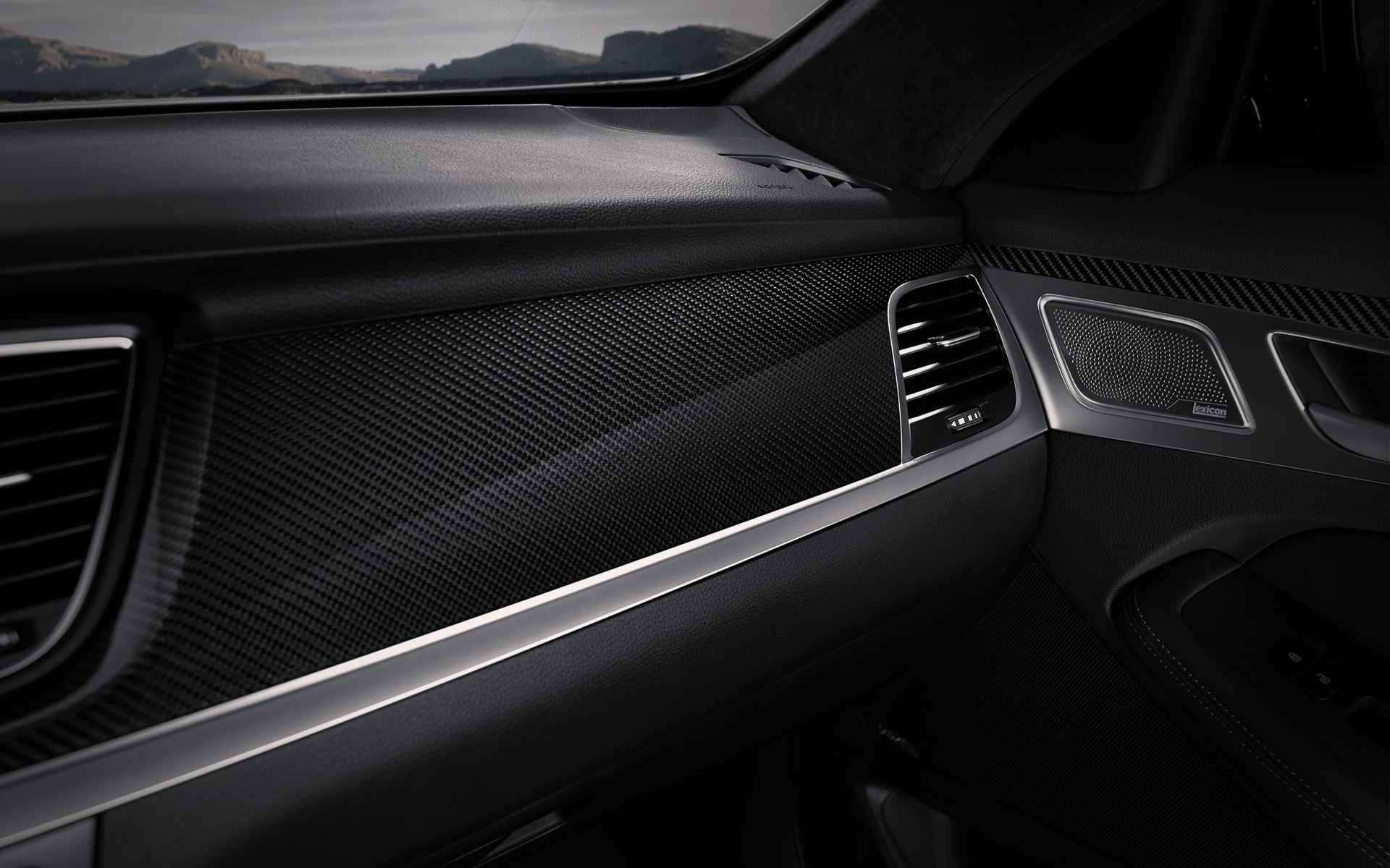 GENESIS G80 SPORT Inspiration Features - Real Carbon