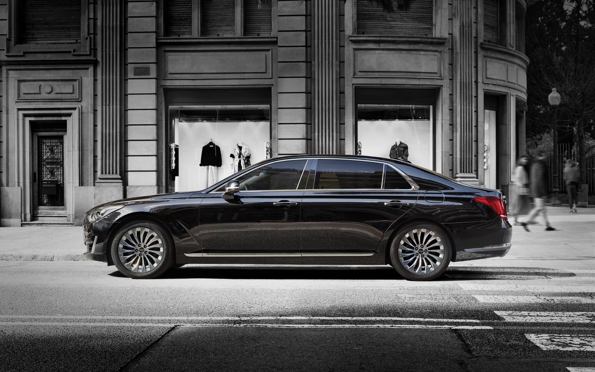Luxury Sedan - GENESIS G90 Introduction